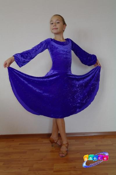 Бархат рейтинговое платье для