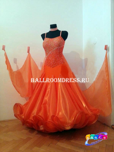 Сшейте себе бальное платье 940